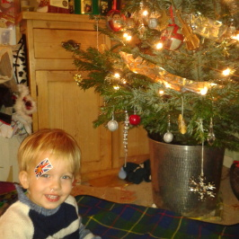 6 Easy Christmas traditions for tired parents